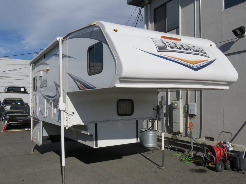 2013 Lance 1181 Long Bed Truck 1 Ton Dually Custom Truck